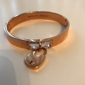 Micheal kors rose gold lock bracelet